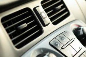 Geruchsbeseitigung Ozonbehandlung Autoschmiede-Halle